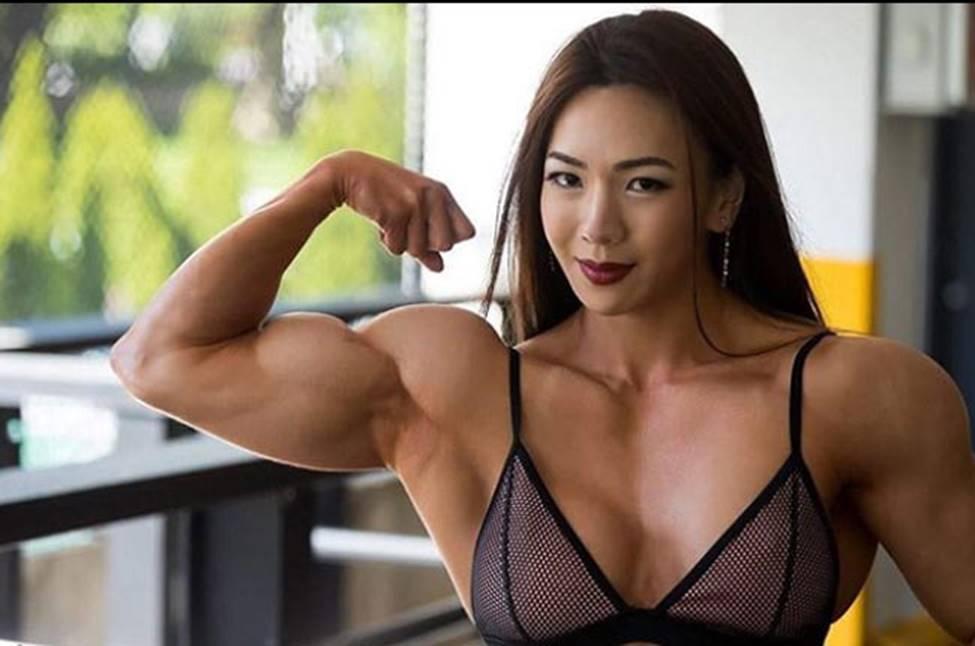 3 cô gái Hàn mặt xinh như mộng nhưng cơ bắp khiến đàn ông khiếp sợ-13
