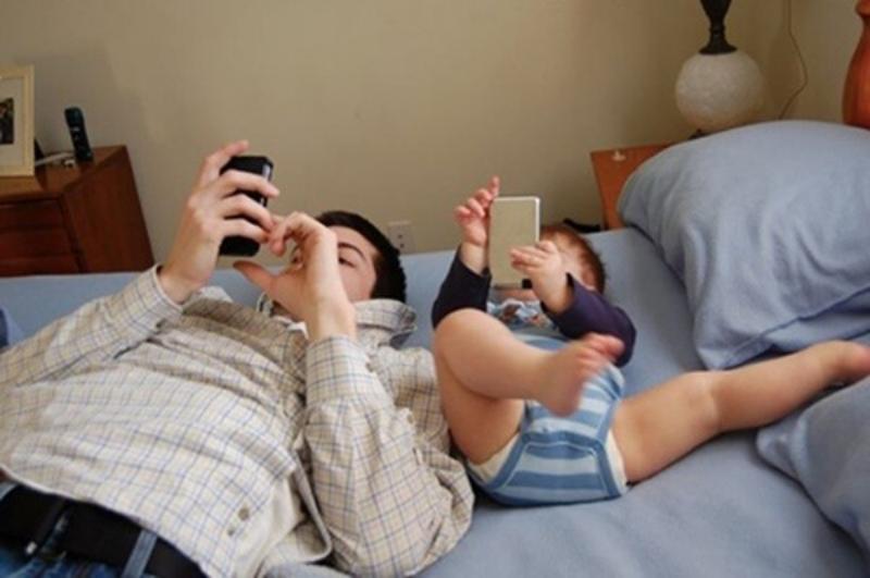 Những bức ảnh chứng minh: Mẹ cứ yên tâm công tác, bố chăm con tốt lắm-4