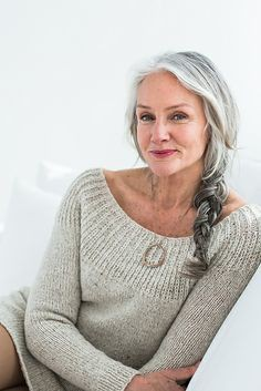 Cindy Joseph: Người phụ nữ không sợ già, ngoài 50 tuổi tìm thấy tình yêu và trở thành người mẫu nổi tiếng thế giới-5