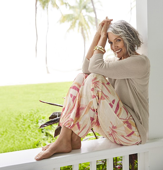 Cindy Joseph: Người phụ nữ không sợ già, ngoài 50 tuổi tìm thấy tình yêu và trở thành người mẫu nổi tiếng thế giới-6