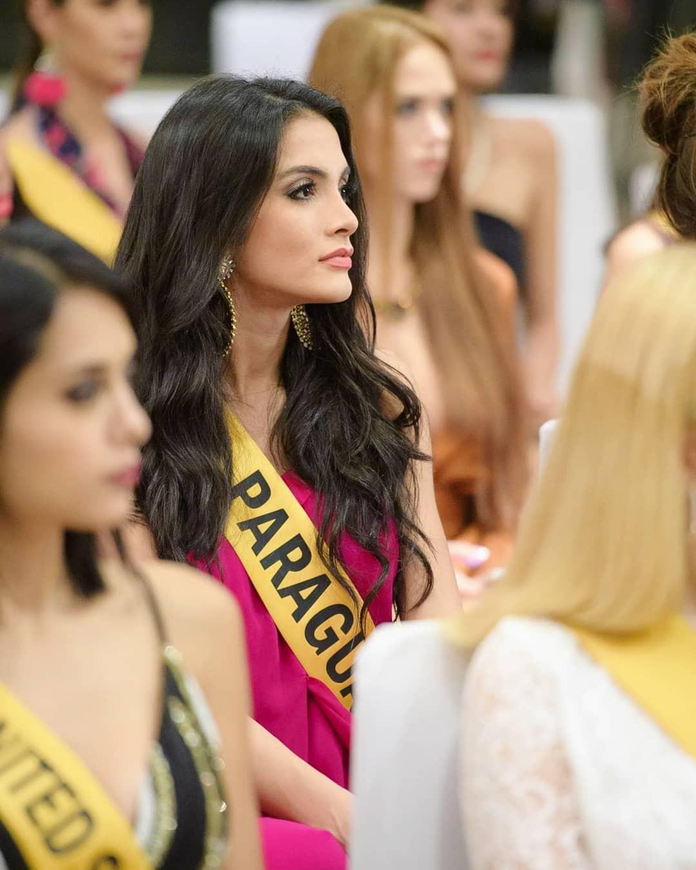 Tân Hoa hậu ngất xỉu: Đẹp như nữ thần Hy Lạp, nhưng bất ngờ hơn là body và profile không vừa của cô-10