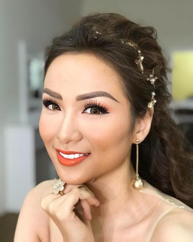 Xuất hiện lạ hoắc thế này, bạn có nhận ra đây là Hoa hậu nổi tiếng nào của showbiz Việt?-12