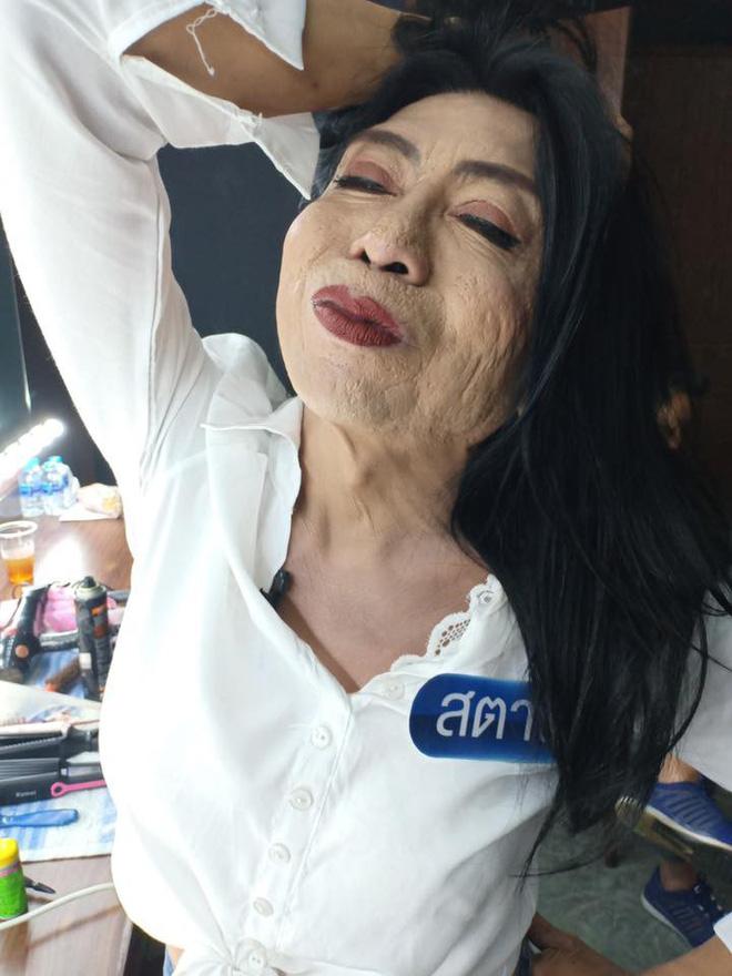 Hot girl mặt nhàu đình đám MXH Thái Lan đi tân trang nhan sắc và kết quả không khả quan cho lắm-4