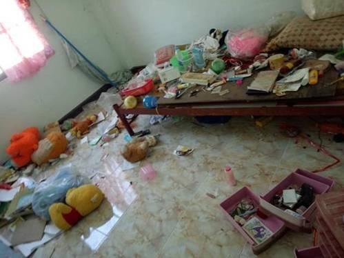 Cho chồng cũ thuê nhà, người phụ nữ khóc thét khi nhận phòng như bãi rác, bồn cầu đen kịt-1
