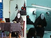 Chất như thầy giáo trường người ta: Nhập vai Vô Diện và tổ chức tiệc Halloween cho học sinh