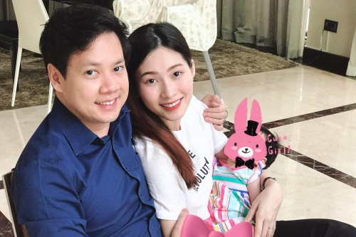 Hoa hậu Đặng Thu Thảo khoe ảnh con, cư dân mạng hết lời khen giống mẹ-3