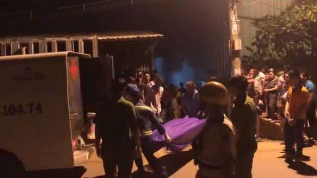 TP. HCM: Phát hiện người phụ nữ chết úp mặt, nghi bị người tình siết cổ trong nhà vệ sinh-2