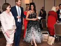 Công nương Meghan trông như nàng công chúa hiện đại trong chiếc váy đẳng cấp giá 300 triệu đồng
