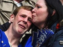 Thế giới bóng đá chia buồn, cầu nguyện Leicester vượt qua thảm kịch rơi máy bay
