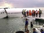Lực lượng cứu hộ Indonesia đã tìm thấy máy bay chở 188 người rơi xuống biển gãy làm đôi-8