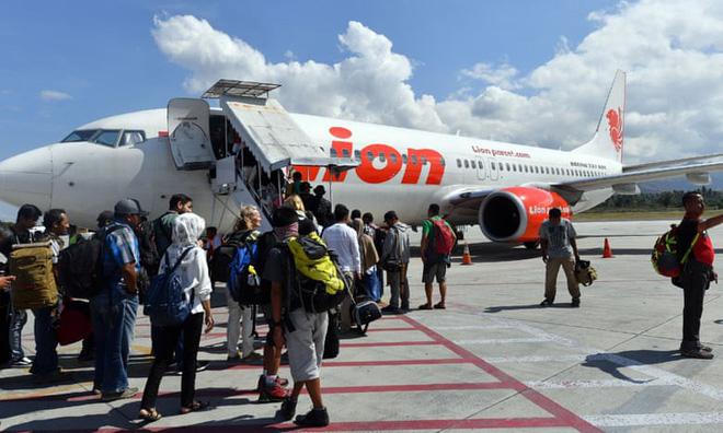 Có 20 quan chức bộ Tài chính Indonesia trên máy bay lao xuống biển-1