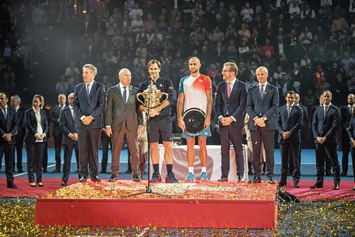 Federer nối dài kỷ lục vô tiền khoáng hậu, Hamilton tiến gần ngai vàng của huyền thoại Schumacher-4