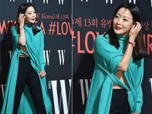 Nhan sắc trẻ trung bất chấp tuổi 41 của Kim Hee Sun cũng không thể cứu vãn nổi ca mặc khó hiểu, kém duyên này