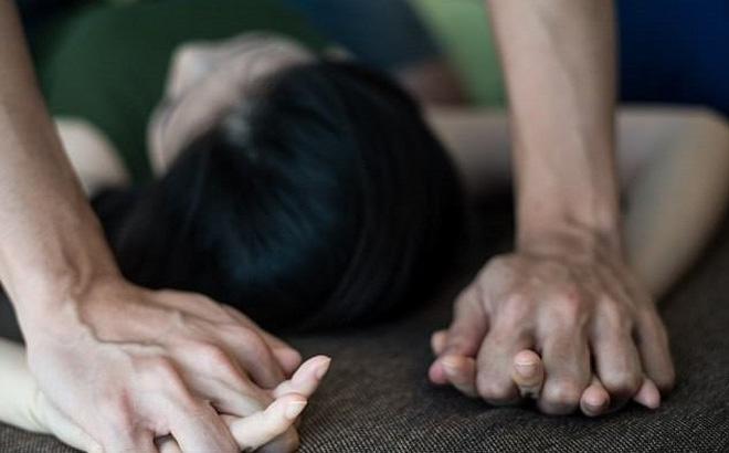 CA thông tin vụ nam thợ xây bị tố hiếp dâm bà mẹ 3 con: Người phụ nữ khai không đồng nhất-1