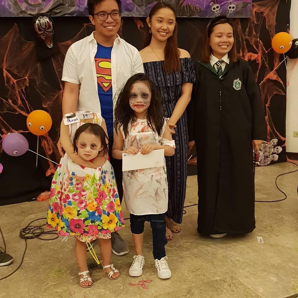 Cân hết mọi loại ma quỷ, cô bé Philippines nổi tiếng toàn cầu với màn ôm đầu đi xin kẹo Halloween-4