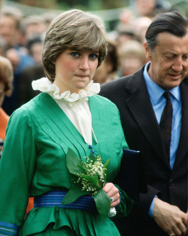 Người hâm mộ choáng váng trước tiết lộ gây sốc về Công nương Diana, từng lén đưa người tình vào trong cung điện-3