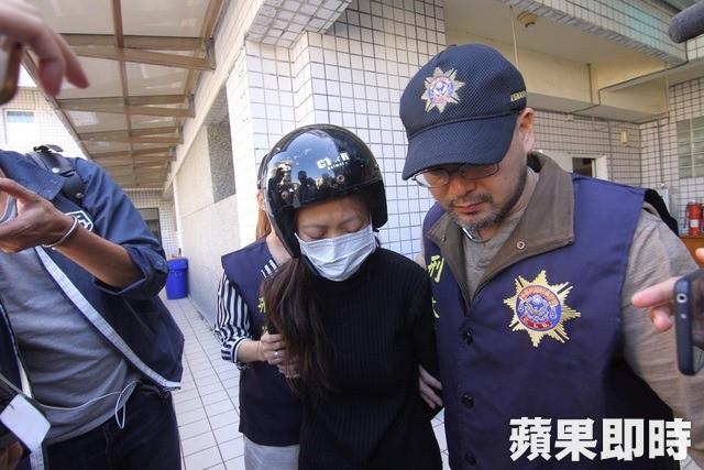 Mẹ trẻ ẵm xác con gái 2 tháng tuổi trốn khỏi bệnh viện, biết lai lịch người mẹ và nguyên nhân cái chết của bé ai cũng phẫn nộ-4