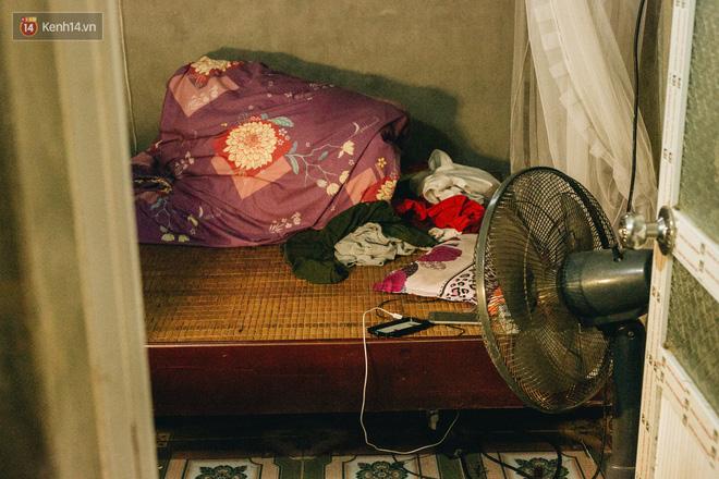 Cuộc sống của 2 đứa trẻ sau vụ cháy lớn ở Đê La Thành: Con chỉ biết pha sữa chứ không dám bế em, sợ em ngã-3