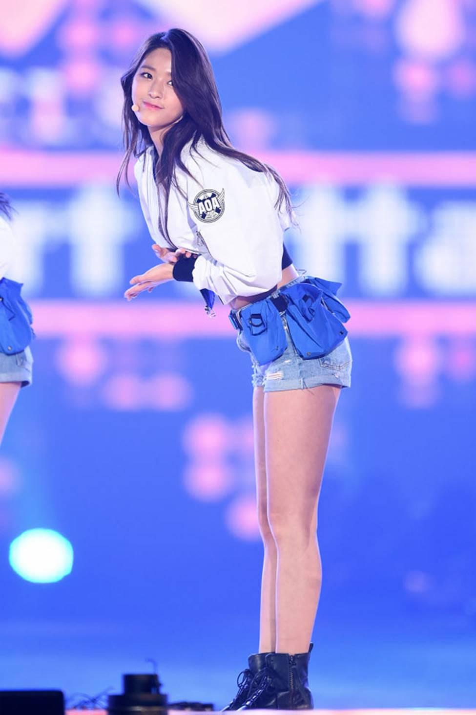 Mỹ nhân Hàn có thân hình quyến rũ tới mức phát khổ vì bị đàn ông theo đuổi-8
