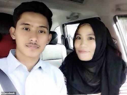 Xót xa bé gái 15 tháng tuổi chết thảm cùng cha mẹ trong tai nạn rơi máy bay ở Indonesia-3