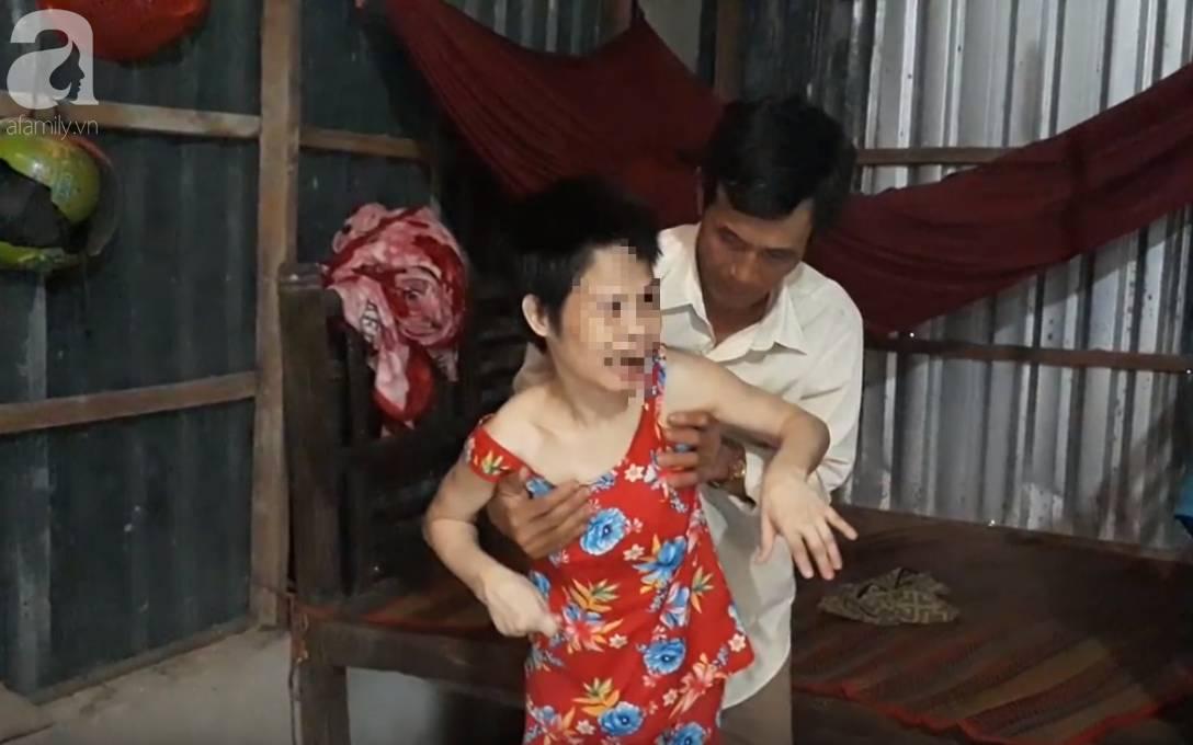 Người cha đau đớn kể con gái bại não nghi bị hàng xóm xâm hại đến mang thai 2 lần-7