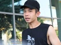 Hồng Duy buồn rầu, Văn Đức vào trong xe ô tô tâm sự trước khi Minh Vương rời đội tuyển Việt Nam