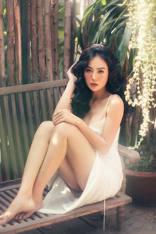 Diễn viên Thanh Hương quyến rũ với hot trend chụp ảnh mặt tàn nhang-11