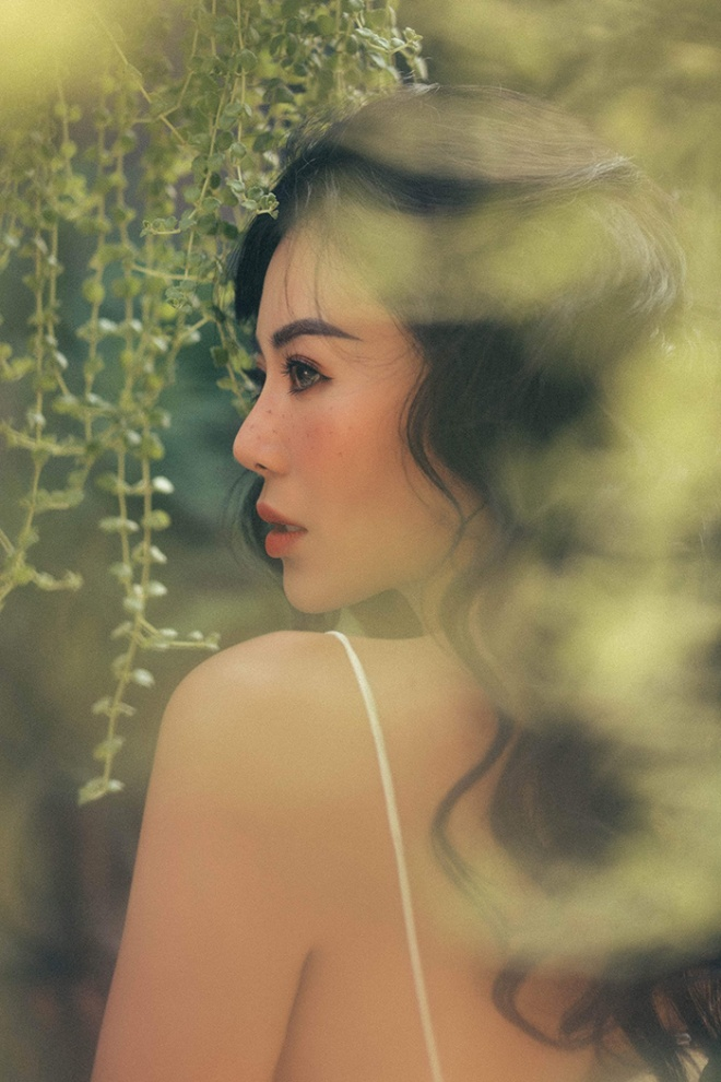 Diễn viên Thanh Hương quyến rũ với hot trend chụp ảnh mặt tàn nhang-3