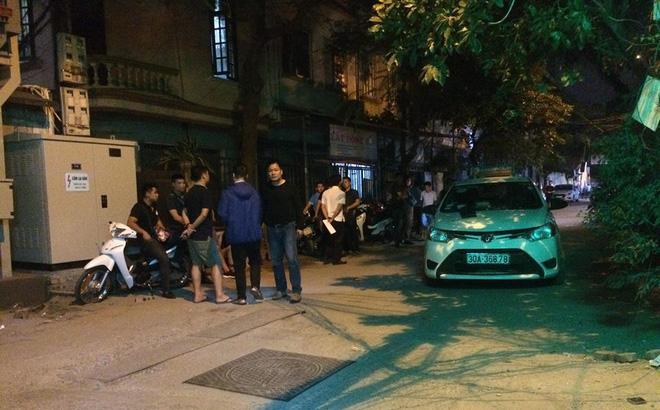 Vụ tài xế taxi nằm bất động sau va chạm với người đi Mazda: Tiến bị bắn thủng trực tràng-1