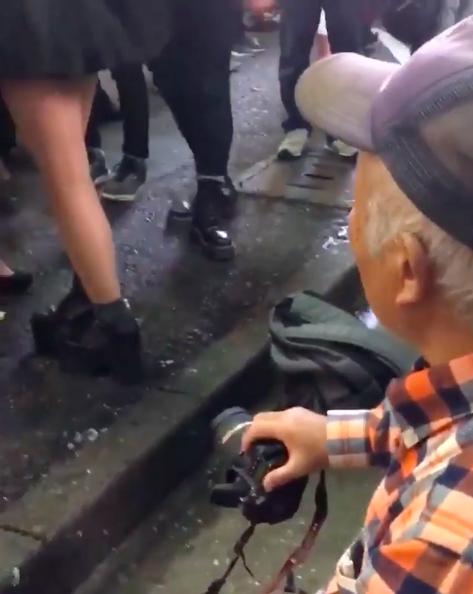 Halloween hỗn loạn ở Nhật Bản: Chống đối cảnh sát, phá hoại đồ đạc, nạn quay trộm và sàm sỡ tràn lan-1