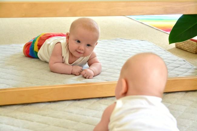 7 dấu hiệu của một em bé thông minh bẩm sinh, xem con bạn có không nhé!-5