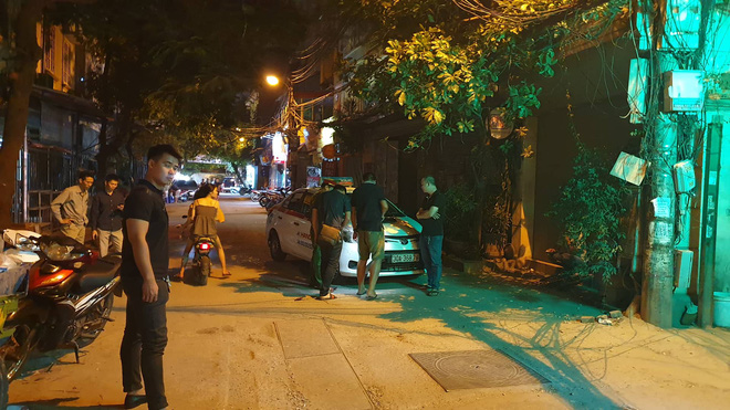 Mẹ của tài xế taxi bị người ngồi trong xe Mazda bắn: Nó cố tình giết con tôi-2