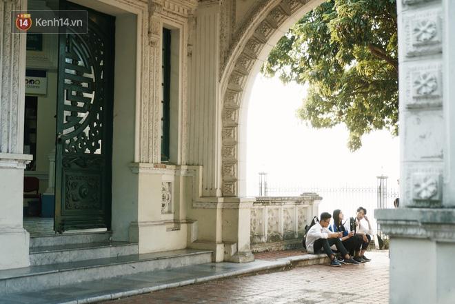 Ngôi trường lâu đời nhất Hà Nội - 110 năm qua vẫn vẹn nguyên vẻ đẹp yên bình, rêu phong và thách thức thời gian-11