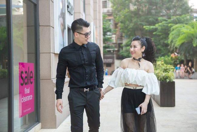 Trương Nam Thành bí mật tổ chức đám cưới với bạn gái doanh nhân lớn tuổi?-4