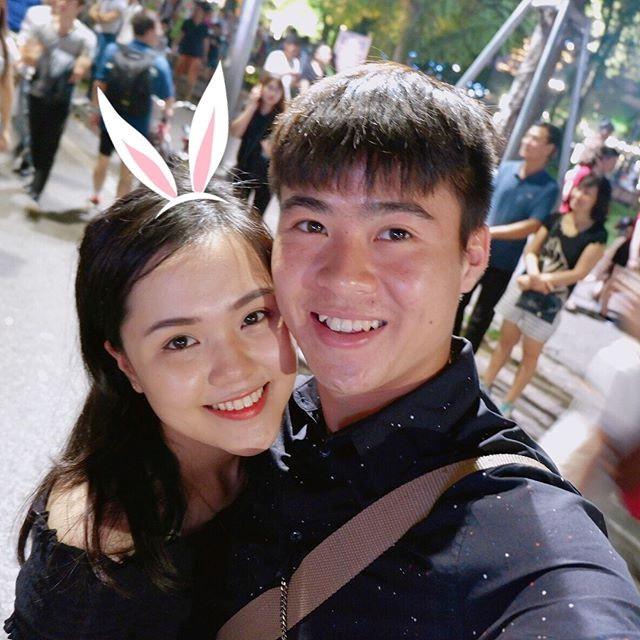 Những cô người yêu nổi bật ở AFF Cup 2018: Bạn gái Duy Mạnh khoe sắc cùng nhà vô địch Pencak Silat thế giới-1