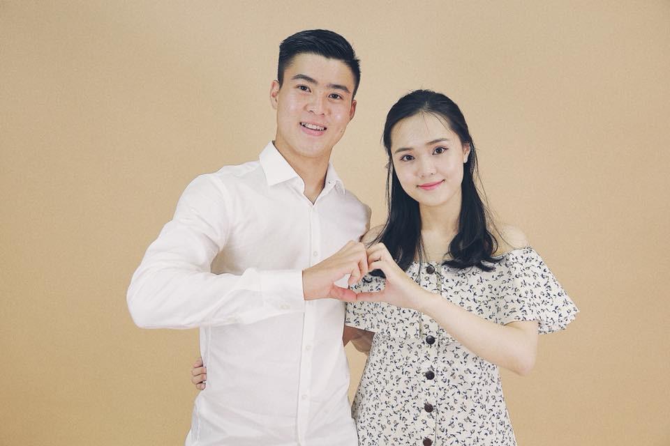Những cô người yêu nổi bật ở AFF Cup 2018: Bạn gái Duy Mạnh khoe sắc cùng nhà vô địch Pencak Silat thế giới-2