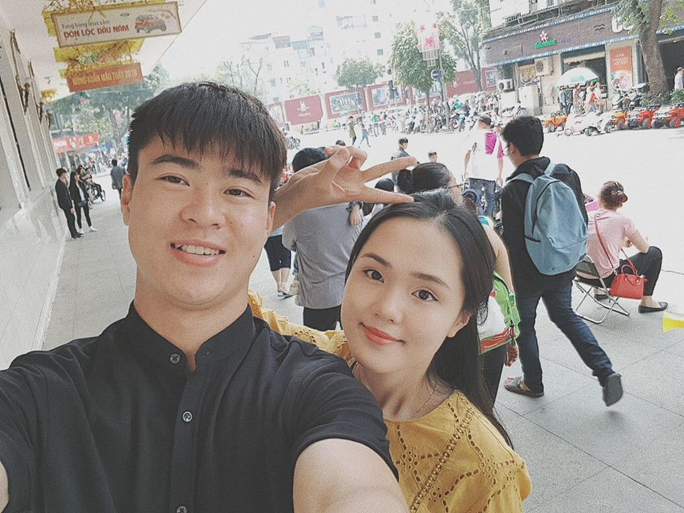 Những cô người yêu nổi bật ở AFF Cup 2018: Bạn gái Duy Mạnh khoe sắc cùng nhà vô địch Pencak Silat thế giới-3