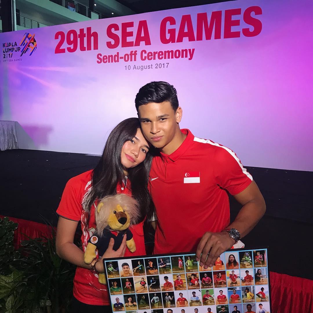 Những cô người yêu nổi bật ở AFF Cup 2018: Bạn gái Duy Mạnh khoe sắc cùng nhà vô địch Pencak Silat thế giới-12