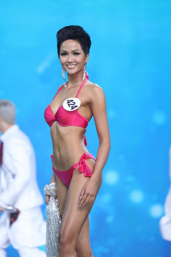 Đừng bảo gầy là đẹp, mỹ nhân Việt này thăng hạng nhan sắc trông thấy nhờ tăng cả 10kg-12
