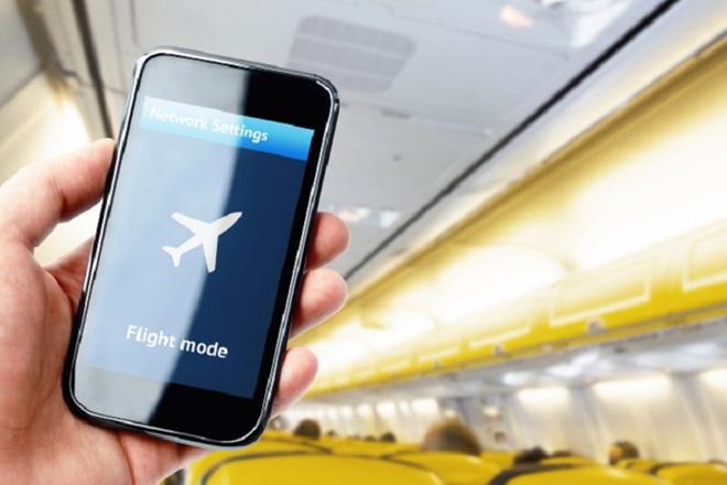Tắt điện thoại hoặc để chế độ máy bay khi sạc pin: Quan niệm lạc hậu-1