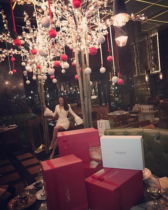 Ở Trung Quốc có hội bạn thân toàn tiểu thư trâm anh thế phiệt, xinh đẹp và tất nhiên, rất giàu có!-39