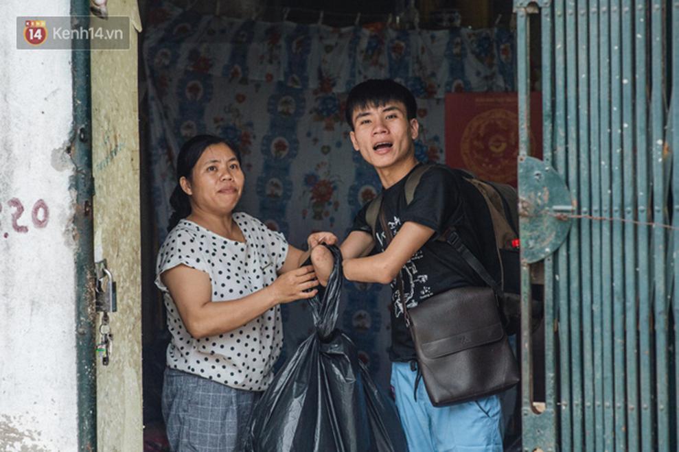 Chàng sinh viên Hà Nội mất 2 cánh tay trước ngày thi Đại học: Còn sống thì sống cho đáng, mọi chuyện rồi sẽ tốt lên-19