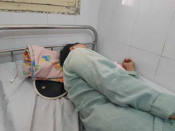 Nữ bệnh nhân bị xương cá đâm xuyên cổ, BS cảnh báo: Tuyệt đối không làm điều này khi ăn-1