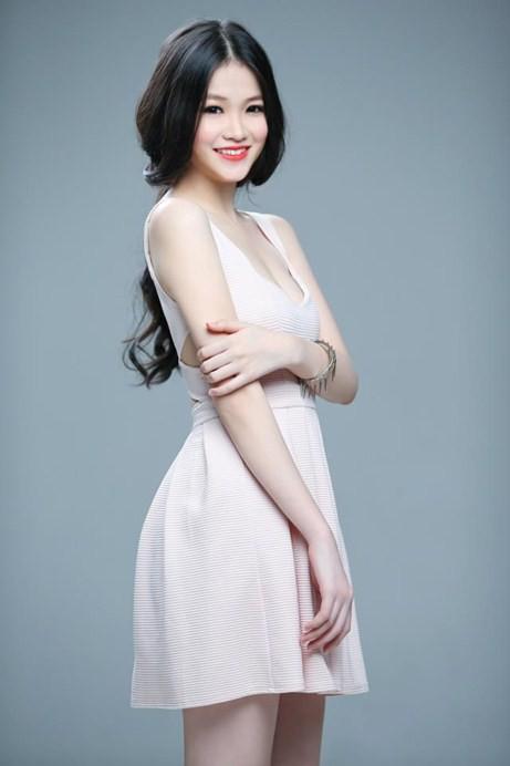 Chuyện không thể ngờ! Tân Hoa hậu Trái đất năm 17 tuổi từng nổi danh với cái tên Ngọc My, em gái kết nghĩa của Ngọc Trinh-7