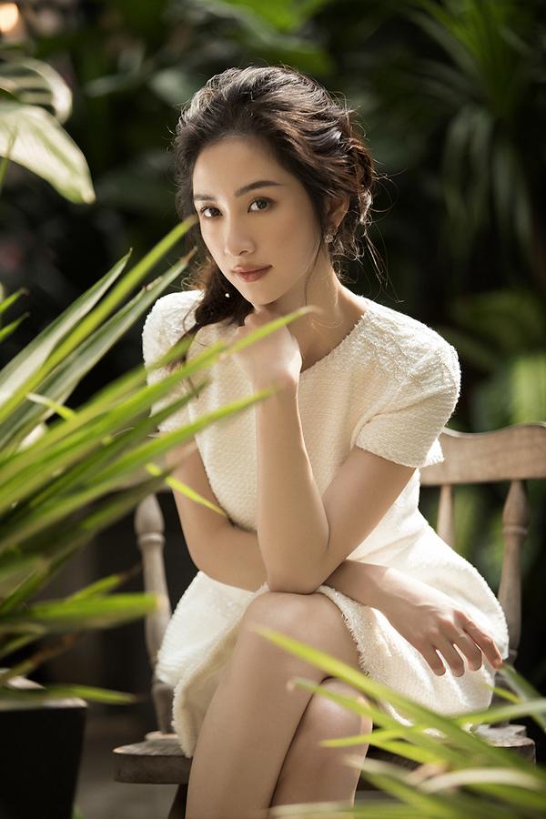 Jun Vũ khoe vẻ đẹp mong manh nhưng đầy quyến rũ với đường cong hút mắt-2