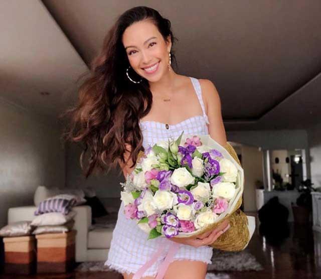 Cận cảnh nàng WAGs Thái Lan quyến rũ, nóng bỏng hơn… Ngọc Trinh-10