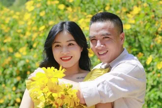 MC Hoàng Linh lại diễn cảnh tình cảm bên bạn trai giữa cánh đồng hoa Đà Lạt-2