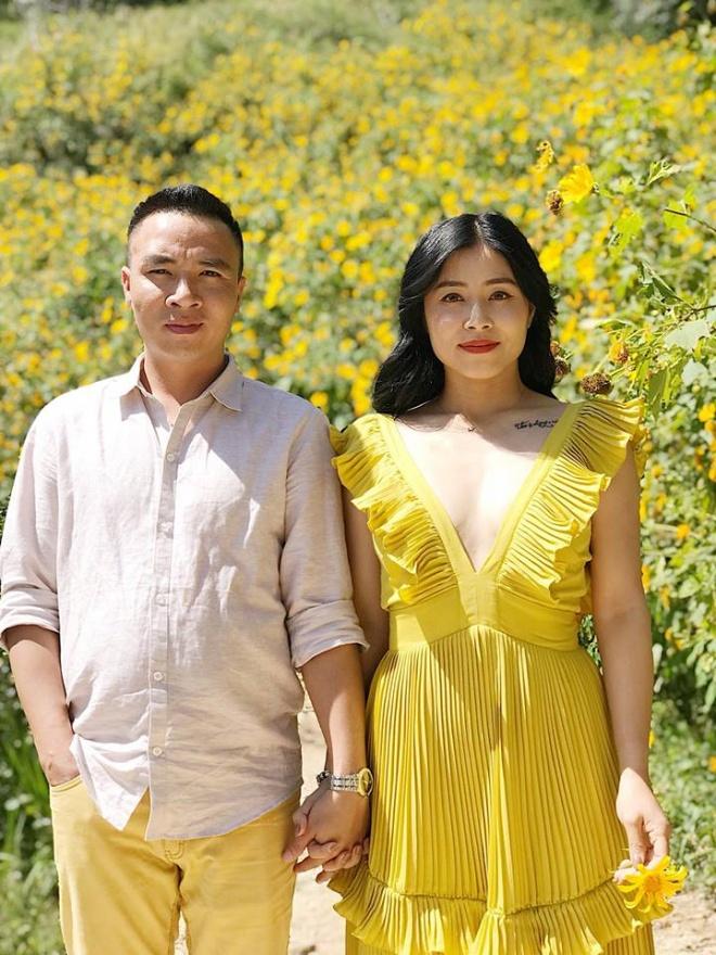 MC Hoàng Linh lại diễn cảnh tình cảm bên bạn trai giữa cánh đồng hoa Đà Lạt-6