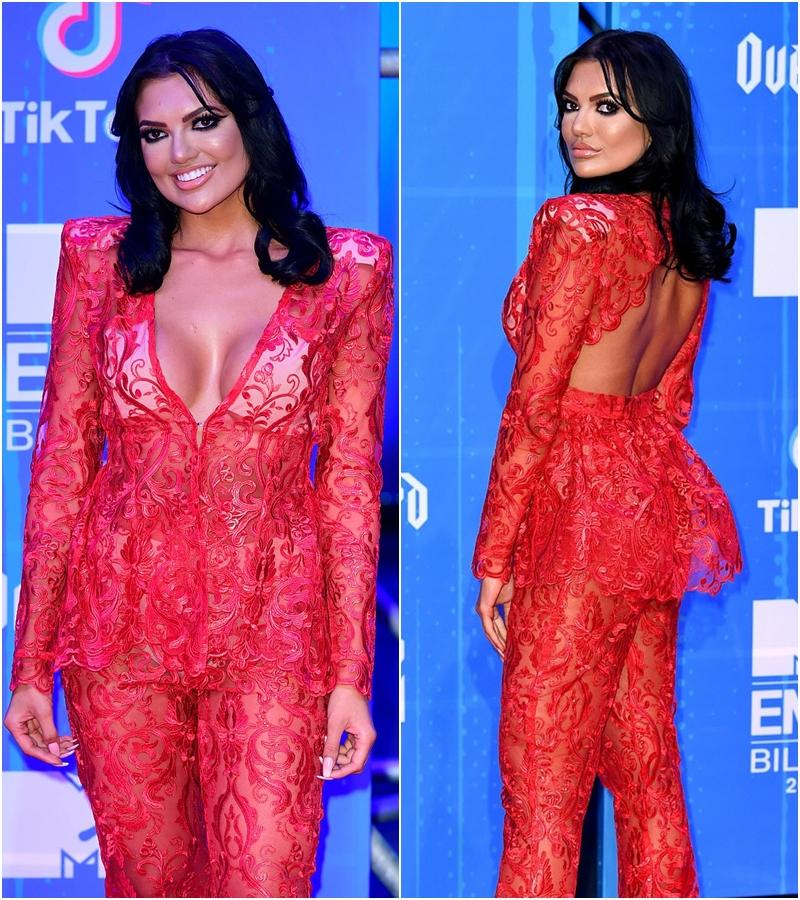 Những bộ trang phục thừa lồng lộn nhưng thảm họa nhất tại lễ trao giải MTV EMA 2018-8