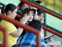 Tuyển Việt Nam nhờ dùng loa mời CĐV rời sân để tập kín chuẩn bị cho AFF Cup 2018